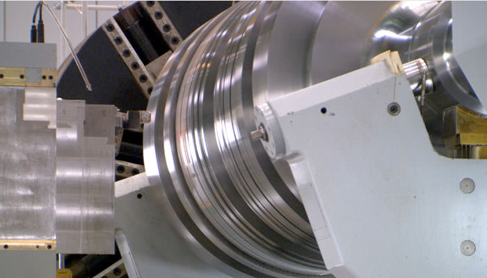 Machining of a turbine rotor